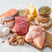 Πόση πρωτεΐνη να τρώω; Ποιες είναι οι καλύτερες πηγές πρωτεΐνης; Η διαιτολόγος συστήνει…