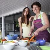 Πέντε διατροφικές συμβουλές για την εμμηνόπαυση.