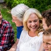Δεν είσαι μόνη: συμβουλές για τους αγαπημένους σου σχετικά με την εμμηνόπαυση