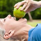 Πώς επηρεάζει η εμμηνόπαυση την στοματική μας υγεία;