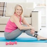 5 ασκήσεις που δυναμώνουν τα οστά κατά την εμμηνόπαυση