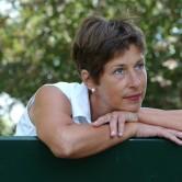 Τι συμβαίνει στο πυελικό έδαφος κατά την εμμηνόπαυση;