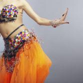 Αφέσου στη μαγεία του χορού της κοιλιάς